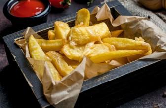 Cheesy Chips 'n' Dips