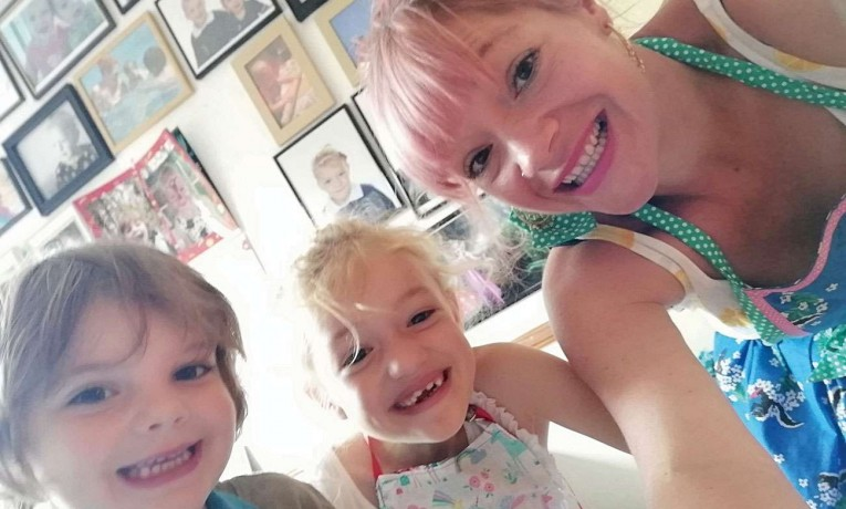 People Profile – Vikki Mangan-Rose – Mum, Wife and Entrepreneur